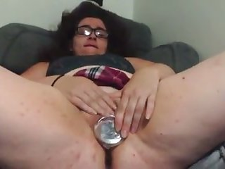This nerdy mistake pass up is a bit on the chubby side and she loves toying her cunt