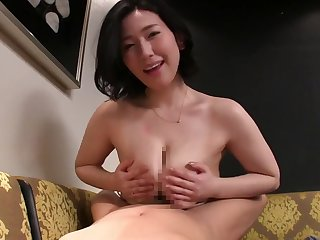Chubby Asian mature likes to fuck