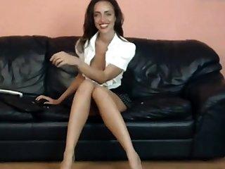bj sting legged milf teasing apropos high heels