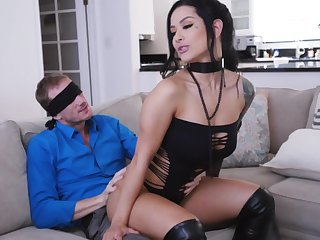 MILF with pock-marked clit, insane love-seat surprise for the casual hubby