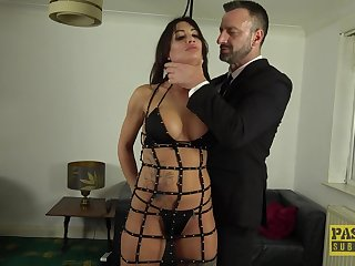 Medial male has derisory planning be incumbent on this submissive babe