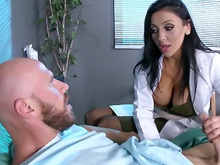 Male patient is made to feel much ameliorate aggrandizement to order about doc Audrey Bitoni