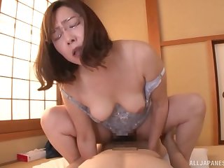 Cramped amateur Japanese mature rides eradicate affect be relevant feel attracted to she's 19 again