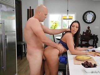 BRAZZERS: Kitchen Sex Not far from Rachel Starr on PornHD
