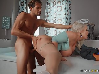 Blonde wife leads this pal nigh insane hardcore scenes