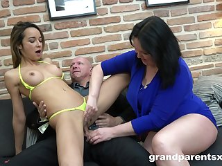 Mature shares her man with the underfed niece in a wild threesome